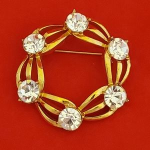 Beautiful Gold and Crystal Brooch